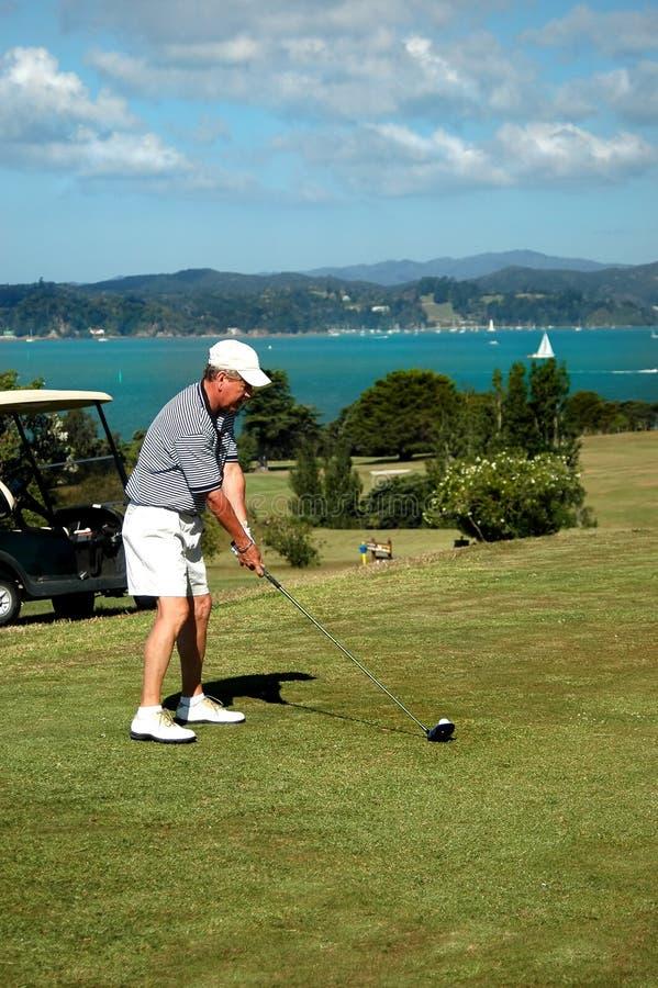 Golf - l'adresse photographie stock