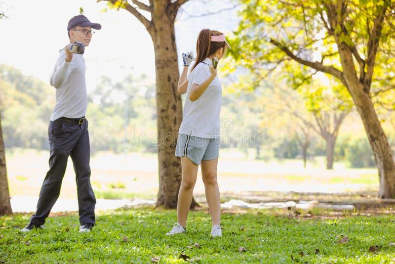 Golf-Paare lizenzfreies stockfoto