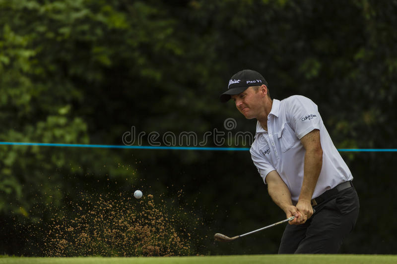 Download Golf Pro Hoey Sand Shot. editorial photography. Image of image - 28641902