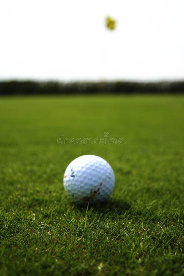 Download Golfball stockbild. Bild von nave, winklig, hell, draußen - 9081593