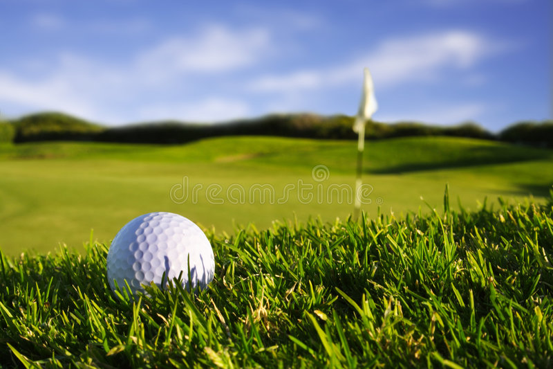 Golfball+flag photo libre de droits