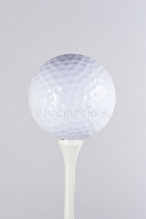 Download Golfball On Tee 03 Royalty Free Stock Images - Image: 933819
