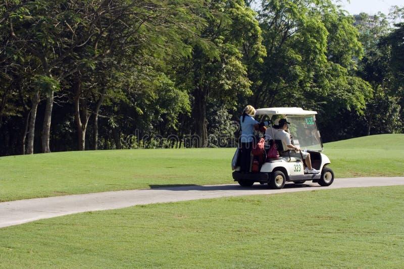 Download Golfcart στοκ εικόνες. εικόνα από παιχνίδι, course, τρύπα - 1529430