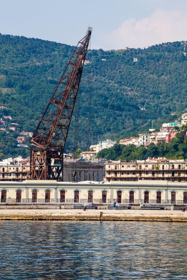 Golfen av Trieste Hav och landskap arkivfoto
