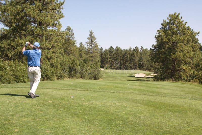Golfista que junta con te apagado imágenes de archivo libres de regalías