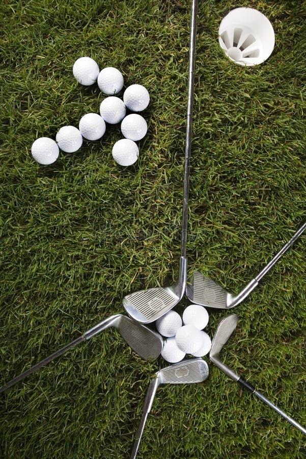 Golflaufwerk lizenzfreie stockfotos
