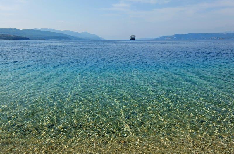 Golfo no Mar Egeu em Grécia fotografia de stock