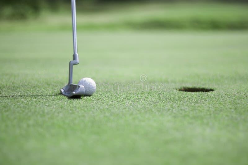 golfowy piłki kładzenie zdjęcia stock