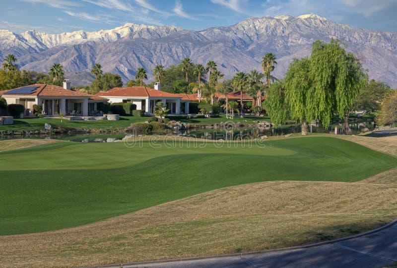 Golfplatz und Ferienhäuser, Rancho Mirage, CA lizenzfreie stockfotos