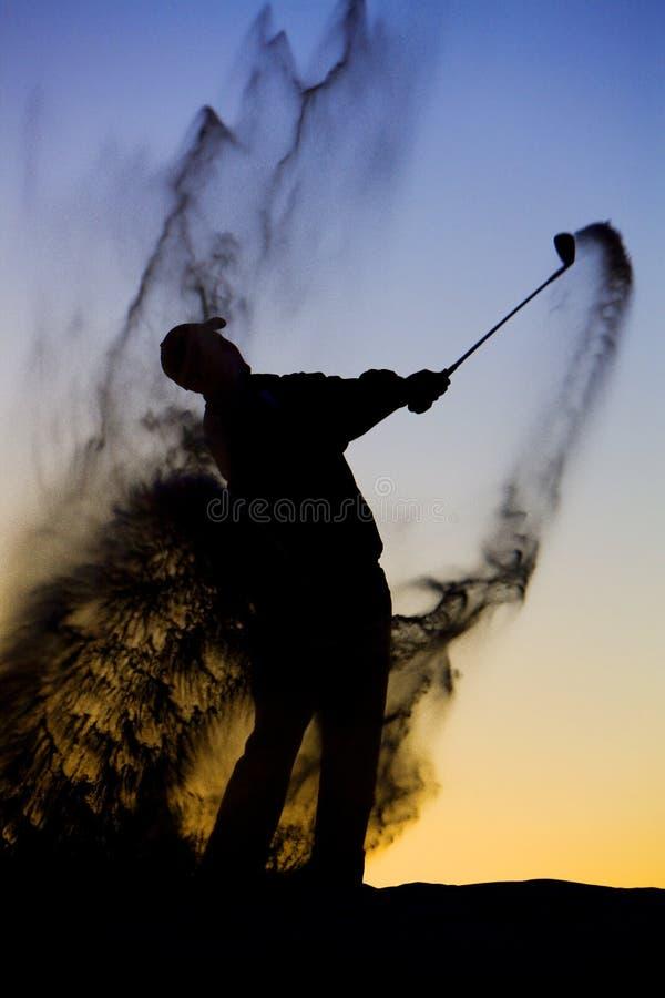 golfsilhouette royaltyfria bilder