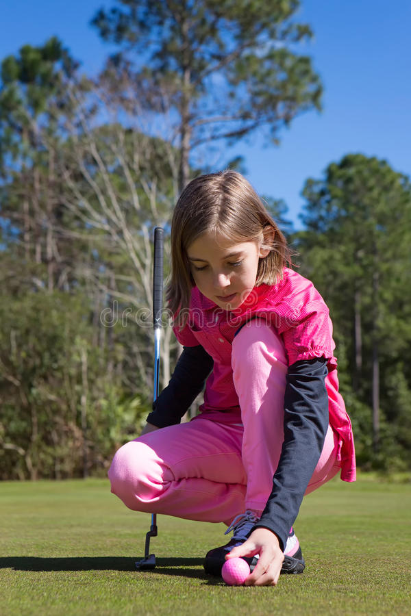 Golfspelermeisje royalty-vrije stock afbeeldingen