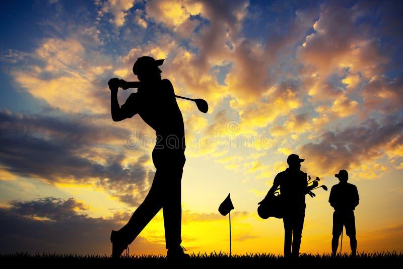 Golfspelers bij zonsondergang royalty-vrije illustratie