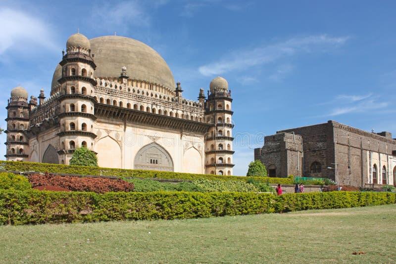 Golgumbaz, ein Mughal Mausoleum lizenzfreie stockfotos
