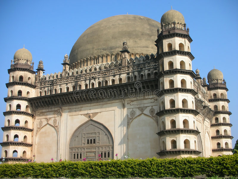 golgumbazindia mausoleum royaltyfri fotografi