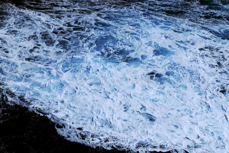 Golpe de la agua de mar foto de archivo libre de regalías