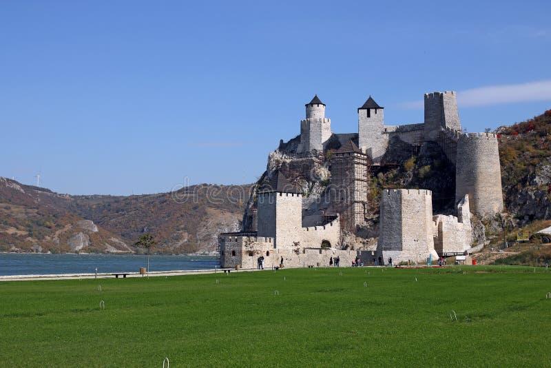 Golubac fästning en av de mest underbara fästningarna på arkivbild