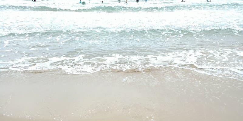 Golven bij het strand royalty-vrije stock foto's