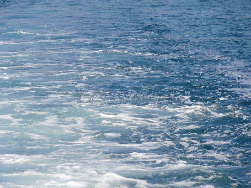 Golven op zee royalty-vrije stock foto's