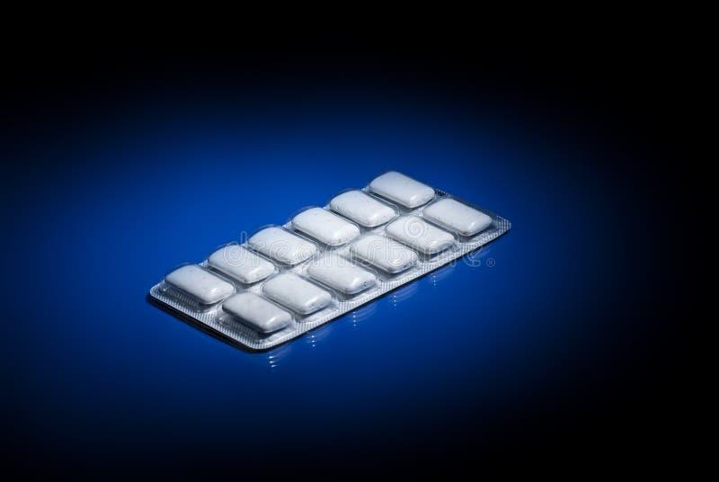 Goma de la nicotina. imagen de archivo libre de regalías
