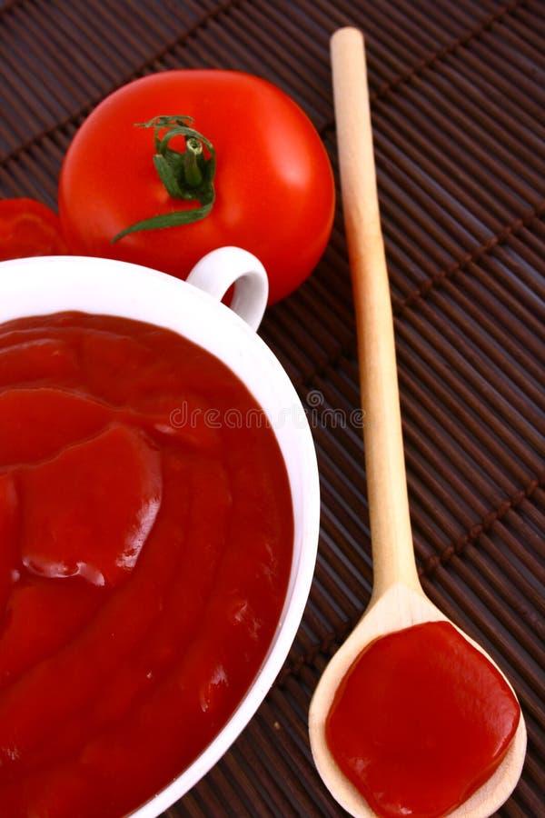 goma del Salsa de tomate-tomate fotografía de archivo libre de regalías