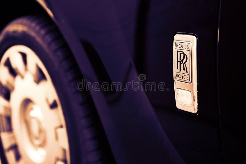 GOMEL, BIELORRÚSSIA - 1º de junho de 2018: Elementos do carro Rolls Royce fotografia de stock royalty free