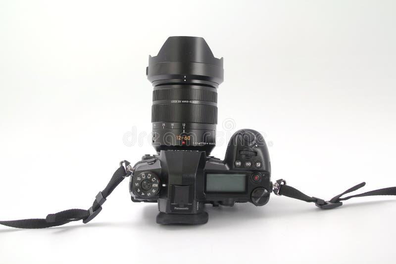 GOMEL, WIT-RUSLAND - DECEMBER 11, 2018: Panasonic-fotocamera DS G9 op een witte achtergrond royalty-vrije stock fotografie