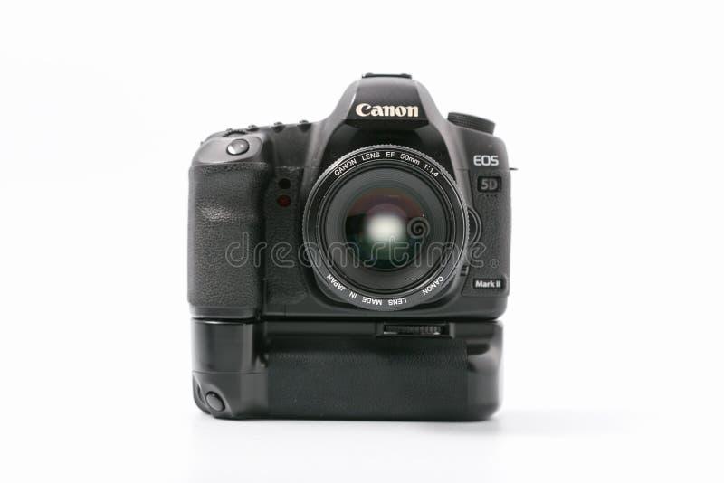 GOMEL, WIT-RUSLAND - 9 November 2017: digitaal MARK 2 van cameracanon met lens stock afbeelding