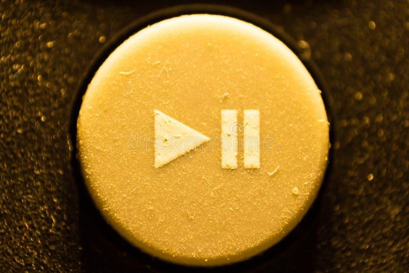 Gomma del gioco del bottone dal telecomando TV fotografie stock