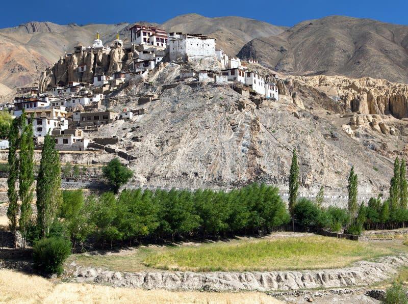 Gompa de Lamayuru - monasterio budista en el valle de Indus - Ladakh foto de archivo libre de regalías