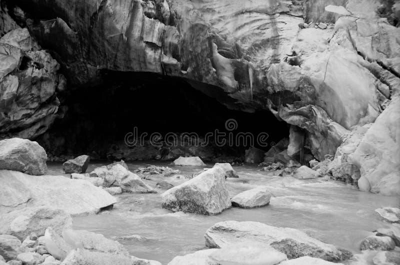 Gomukh op Gletsjer Gangotri   royalty-vrije stock foto's