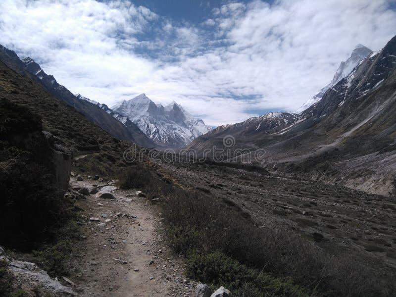 Gomukh-Trekking lizenzfreies stockfoto