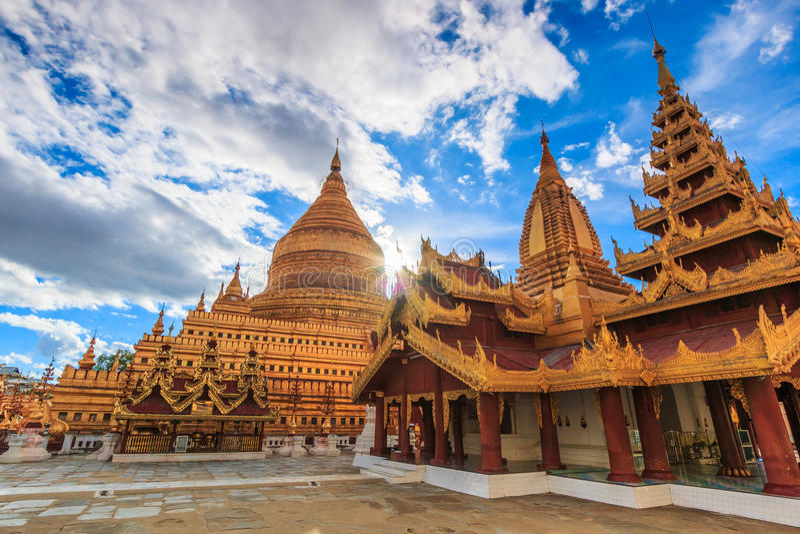 Gon Paya Shwe Zi в Мьянме стоковые фото