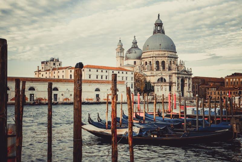 Gondel-Boote in Venedig - Italien stockfotos