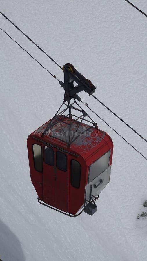 Gondel in französischem Alpen montain stockfotografie