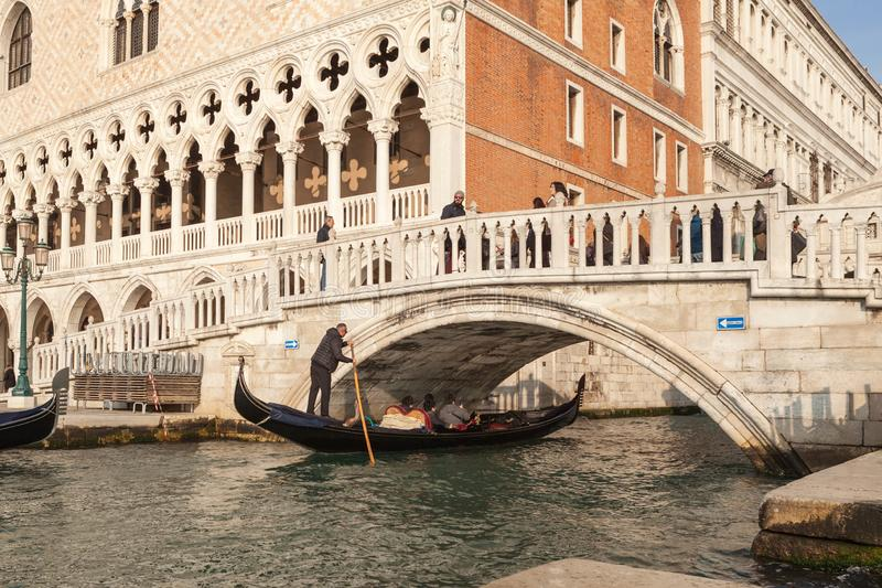 Gondel van waterstad Venetië stock fotografie