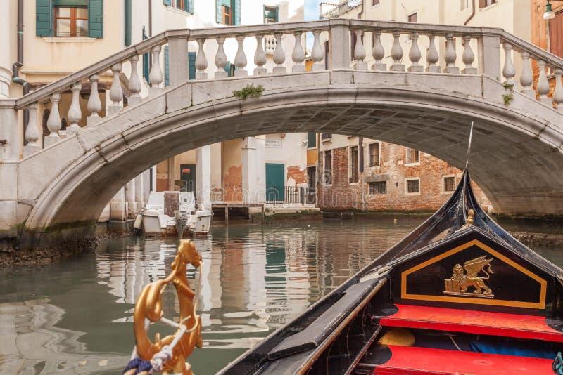 Download Gondelrit in Venetië stock afbeelding. Afbeelding bestaande uit cultuur - 39108333