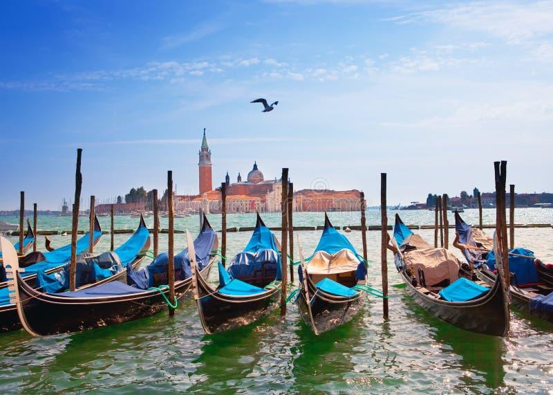 Gondels in het Kanaal Grande.Italy. Venetië. royalty-vrije stock foto