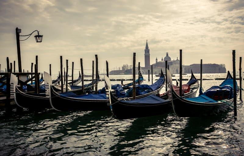 Gondoglas i Venedig arkivbilder