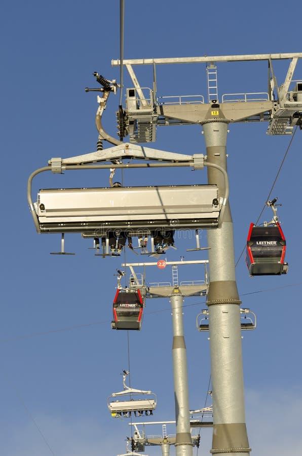 Gondol och skilift för 8 seater arkivfoto