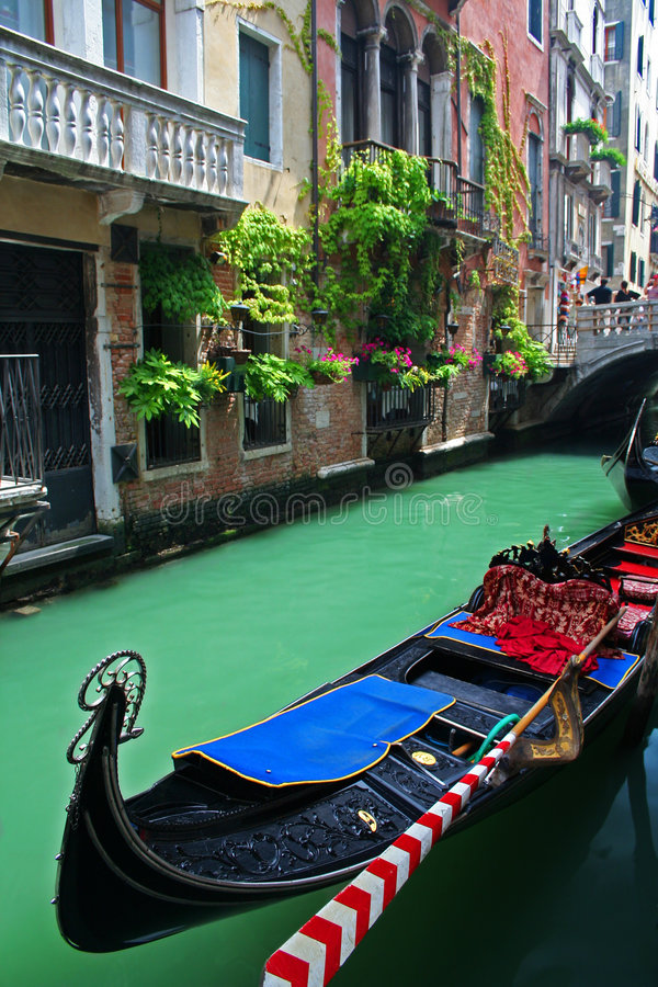 Free Gondola In Venice Royalty Free Stock Photography - 5107047