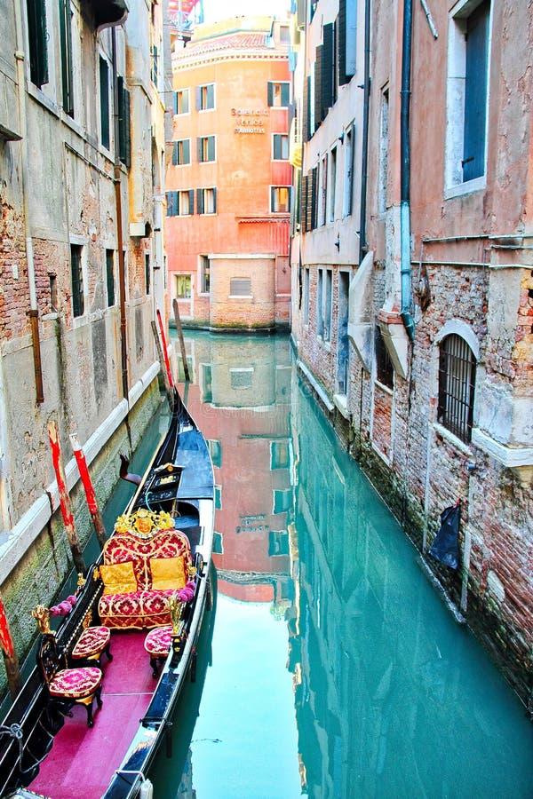 Gondola przy dokiem obraz stock