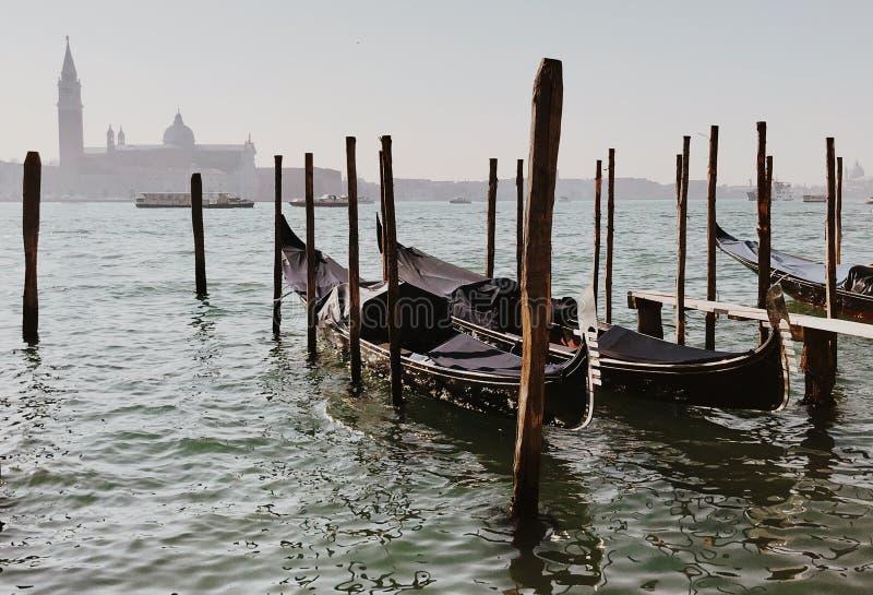 Gondole veneziane su Grand Canal di Venezia, Italia fotografia stock