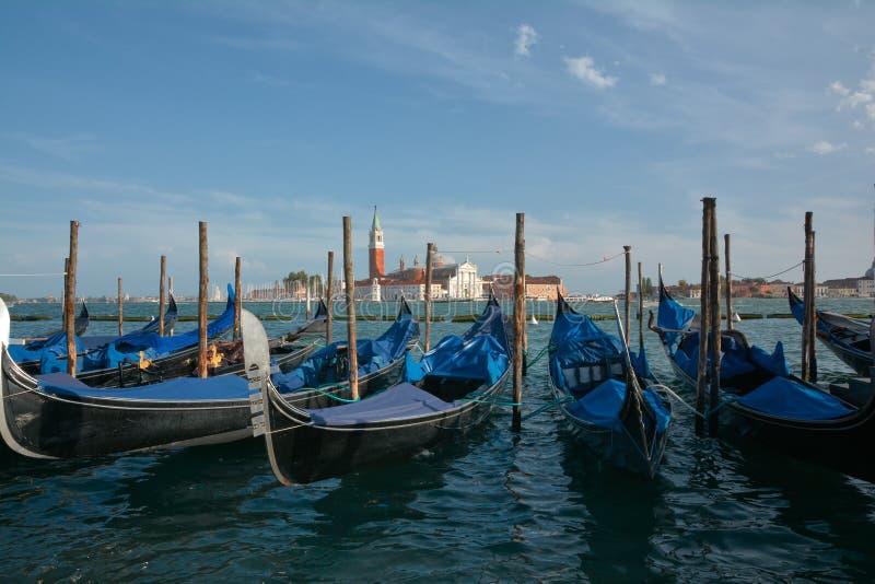 Gondoler på Venedig royaltyfri fotografi