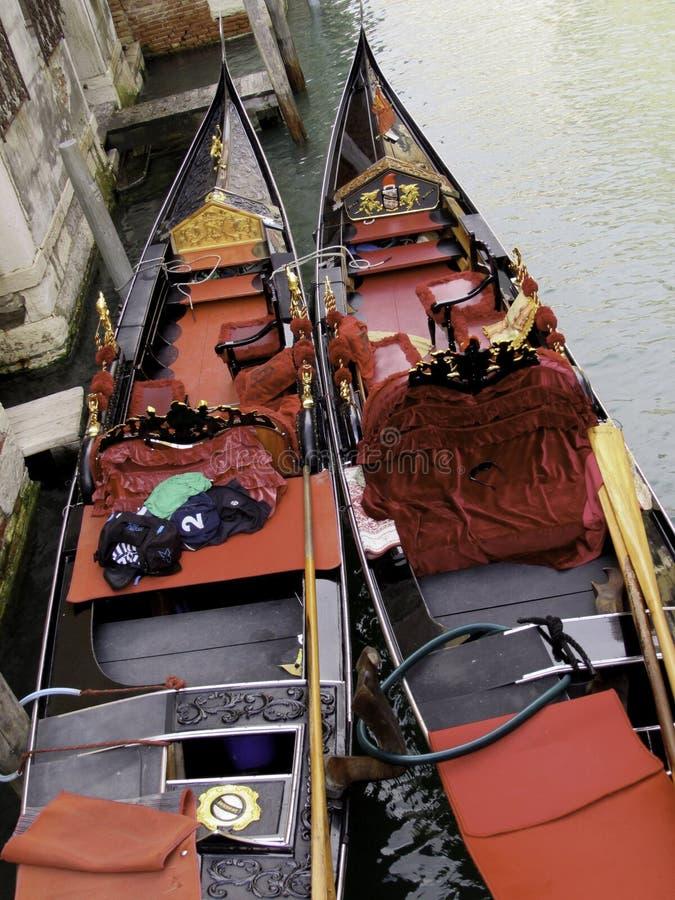 gondoler två royaltyfri bild