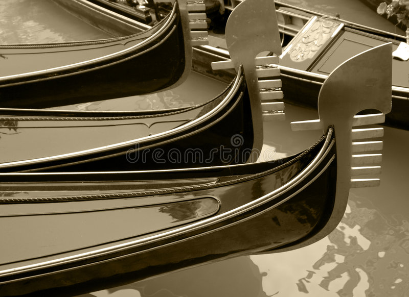 gondoler venice arkivfoto