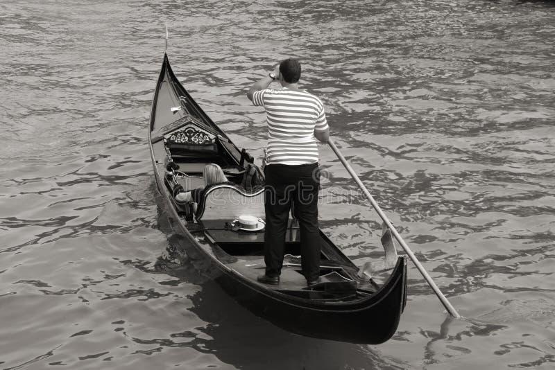 Gondolero de Venecia imagen de archivo