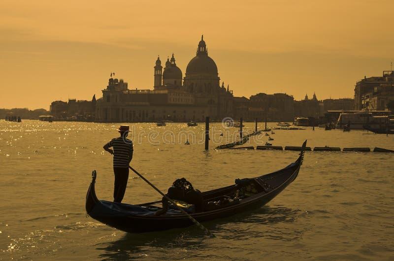 Gondolero en Venecia, Italia fotografía de archivo