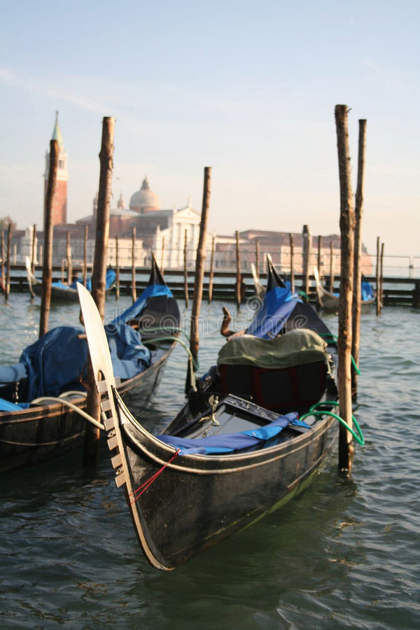 Gondoles à Venise photo libre de droits