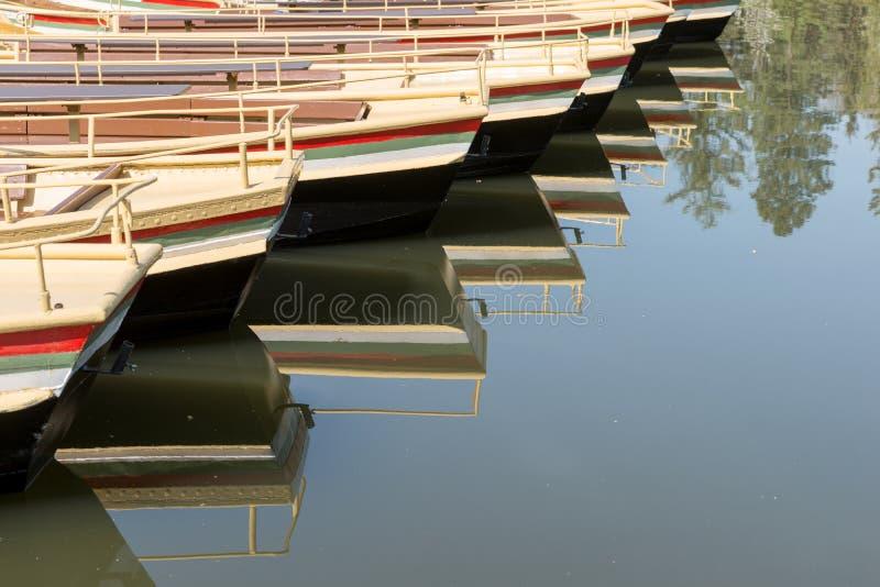 Gondoles vides attendant des clients photographie stock