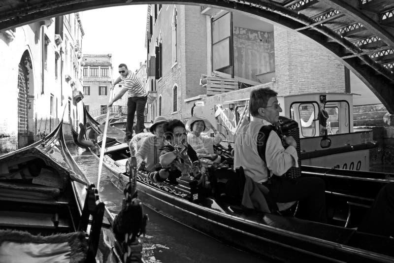 gondoli gondoliera turyści zdjęcie royalty free